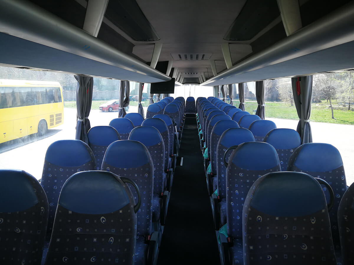 rafting tara man bus